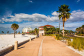 Path along the beach in Clearwater Beach, Florida. — Stock Photo
