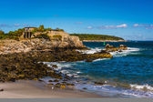 Rocky coast at Fort Williams Park, Cape Elizabeth, Maine. — Stock Photo