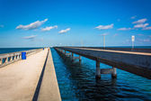 The Seven Mile Bridge, on Overseas Highway in Marathon, Florida. — Stock Photo