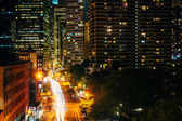 View of Pearl Street at night, from the Brooklyn Bridge in Manha — Stock Photo