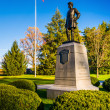 Statue and American flag at Gettysburg, Pennsylvania. — Stock Photo #62320853