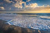 The Pacific Ocean at sunset, in Laguna Beach, California. — Stock Photo