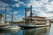 Boats in the harbor in Long Beach, California. — Stock Photo