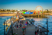 View of the Santa Monica Pier, in Santa Monica, California. — Zdjęcie stockowe