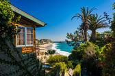 House and view of Victoria Beach, in Laguna Beach, California. — Stock Photo