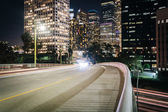 5th Street and buildings in Los Angeles at night, in downtown Lo — Stock Photo