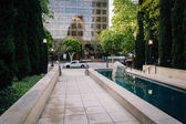 Pool and walkway at Maguire Gardens, in downtown Los Angeles, Ca — Photo