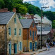 Historic buildings along Potomac Street in Harpers Ferry, West V — Stock Photo #76825527