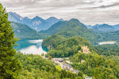 View at the Hohenschwangau castle and Schwansee — Stock Photo