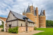 Building with castle in Martainville — Stock Photo