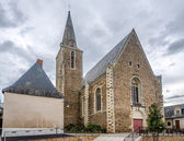 Église de pierre à brissac quince — Photo