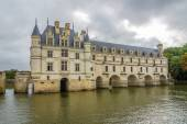 View at the west side Chenonceau chateau with river Cher — Stock Photo
