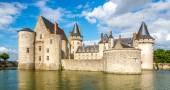 View at the chateau Sully sur Loire across moat — Stock Photo