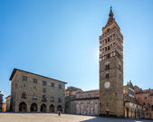 The Bell Tower of the Cathedral in Piazza Duomo. — Foto de Stock