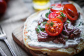 Steak sandwich with vegetables — Stock Photo