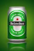 Thailand, Bangkok - July 3, Heineken Lager Beer is the flagship — Zdjęcie stockowe