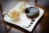 Chocolate acake nd Vanilla Ice Cream — Stock Photo