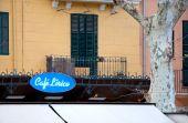 Cafe Lirico blue neon sig — Foto de Stock