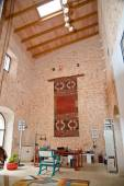 Beautiful interior of Sailer gallery Santanyi — Stock Photo