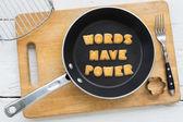 Biscoitos cookie citam palavras têm poder na frigideira — Fotografia Stock