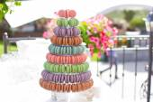 Wedding feast. Banquet. Sweets for wedding table.French macaroons.Candy bar.Wedding feast. Wedding sweets — Stok fotoğraf