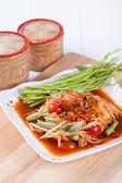 Somtum(tum hoi dong), papaya salad delicious food in thailand — Stock Photo