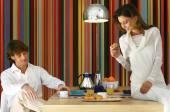 Couple having healty breakfast l — Stock Photo