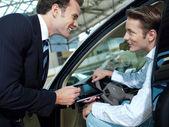 Vendedor de carro — Foto Stock