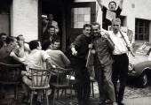 Vintage photo: Fisherman and his friends — Foto de Stock