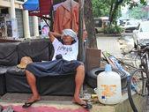 Burmese street scene in Chinatown — Stock Photo