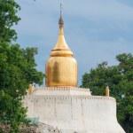 Bu-phaya, the pagoda close to the river in Bagan — Stock Photo #70105545