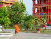 Buddhist monks at an ancient Khmer temple — Stock Photo