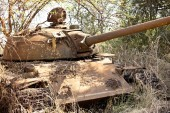 Destoyed tank in South Sudan — 图库照片
