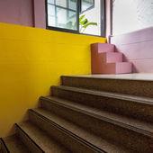 Escaliers coloré — Photo