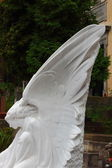 Grieving angel statue — Stock Photo
