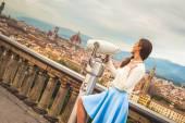 Beautiful fashion woman impressed panorama view Florence. — Stockfoto