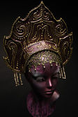Mannequin girl in headwear — Stock Photo
