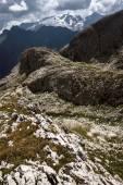 Dolomiterna bergen på sommaren — Stockfoto