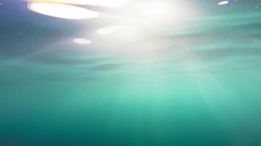 Beautiful Ocean Water Underwater Background Surface Moving Rays Sun Summer Vacation Sea Sunbeams Waves Slow Motion Gopro HD — Stock Video