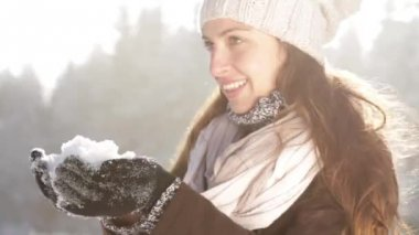 Pretty Young Woman Fashion Scarf Snow Outdoors Winter Joy — Stock Video