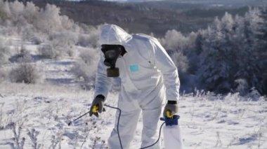 Biohazard Chemical Contamination Gas Mask Apocalypse Concept — Stock Video