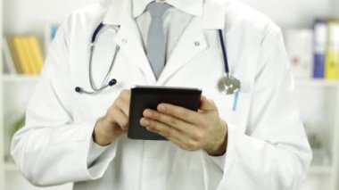 Doctor Torso Working with Tablet PC Research Concept — Stock Video