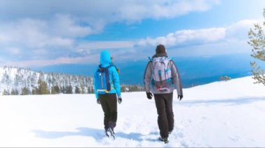 Hikers couple celebrating Success of Climbing — Video Stock