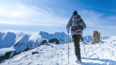 Snow Hiker Hiking Adventure Mountain Travel Outdoor Trekking Extreme Sport Cold Active Ice Winter Landscape Sky Backpacker Nature People Trek Mountaineering Hike Climbing High Summit Activity Climber Tourist Altitude Man — Stock Video