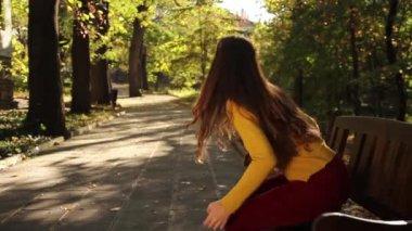 Woman Walking Away — Stock Video