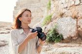 The tourist near the Acropolis of Athens, Greece — Stock Photo