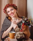 Flicka i stickad halsduk — Stockfoto