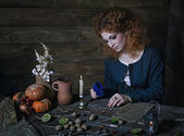 Witch preparing potion — Stock Photo