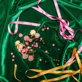 Buttons and ribbons on fabric — Stock Photo