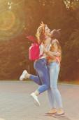 Best girlfriends. — Stock Photo